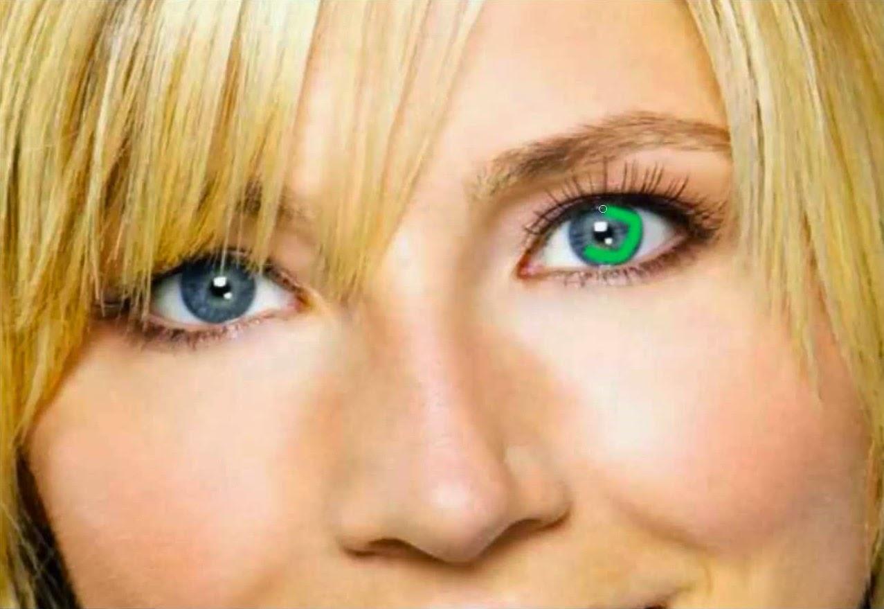 aplicando color a ojos