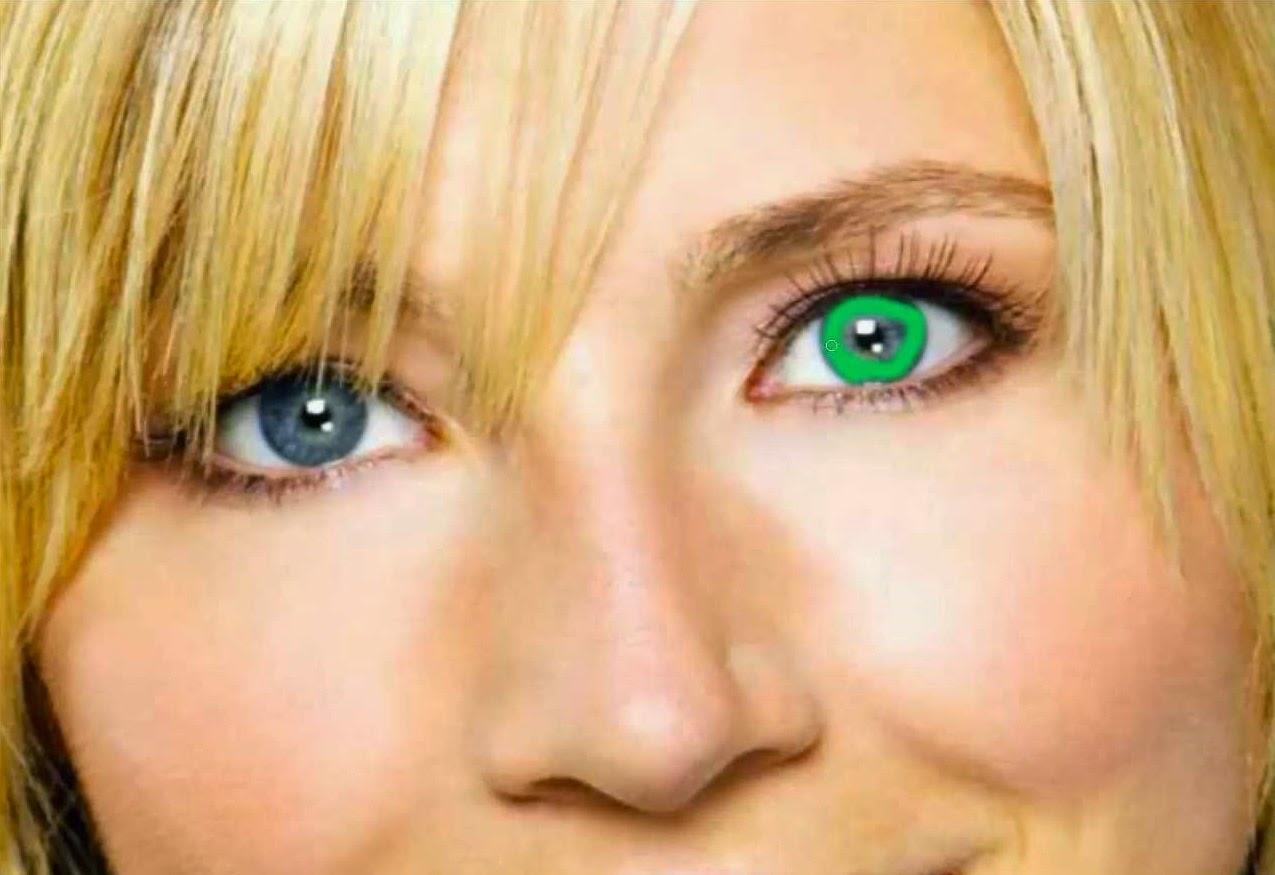 aplicando color a ojos 2